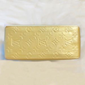 Louis Vuitton Bags - Louis Vuitton Reade PM Tote Beige Gold Vernis